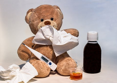 新生児がヒトメタニューモウイルスで発熱・大学病院受診