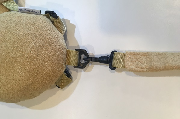 ぬいぐるみ型子供用ハーネス・持ち手と本体の金具