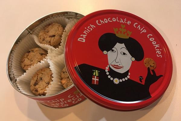 フライングタイガーのクッキー缶・赤缶