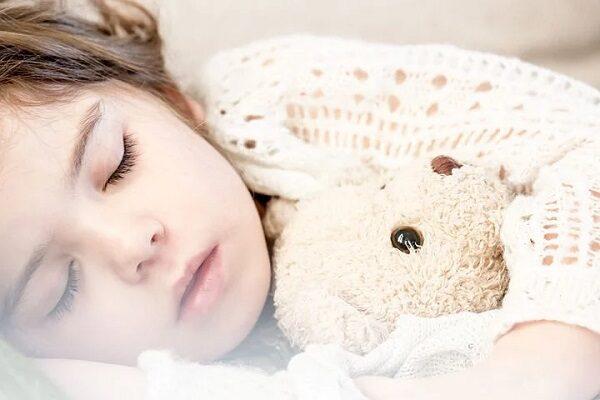 幼稚園送迎・下の子昼寝